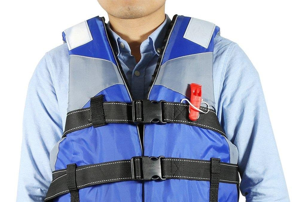 Best Life Jacket for Adults Reviews and Buying Guide 2019
